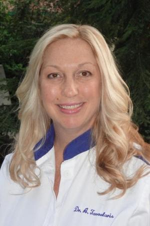 Amanda Tavoularis
